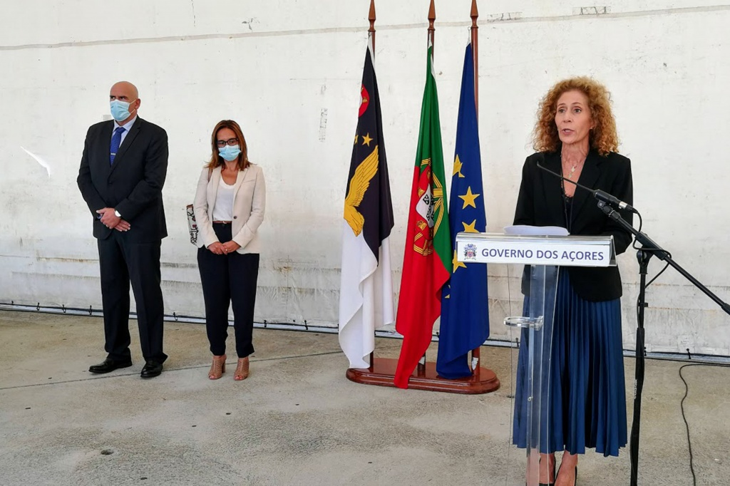 Secretária Regional da Saúde entrega sete ambulâncias de socorro aos Bombeiros de São(...)