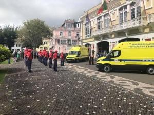 Governo dos Açores entrega duas ambulâncias aos Bombeiros do Faial