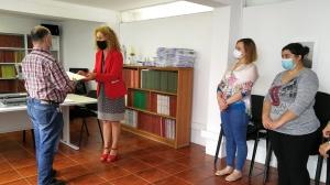 Governo dos Açores oferece edição em braille da publicação 'Proteção Civil em Casa' à ACAPO