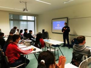 Palestra sobre Suporte Básico de Vida na EBI de Água de Pau